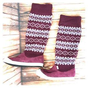 Suede sweater sneaker